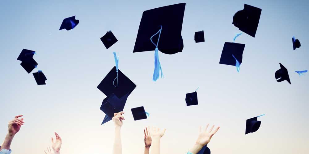 Ufficializzate le date e le commissioni di tesi di laurea